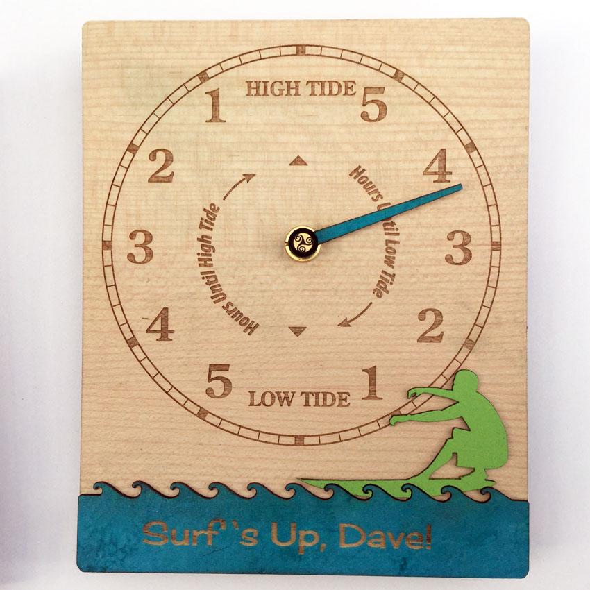 Surfs Up Tide Clock front